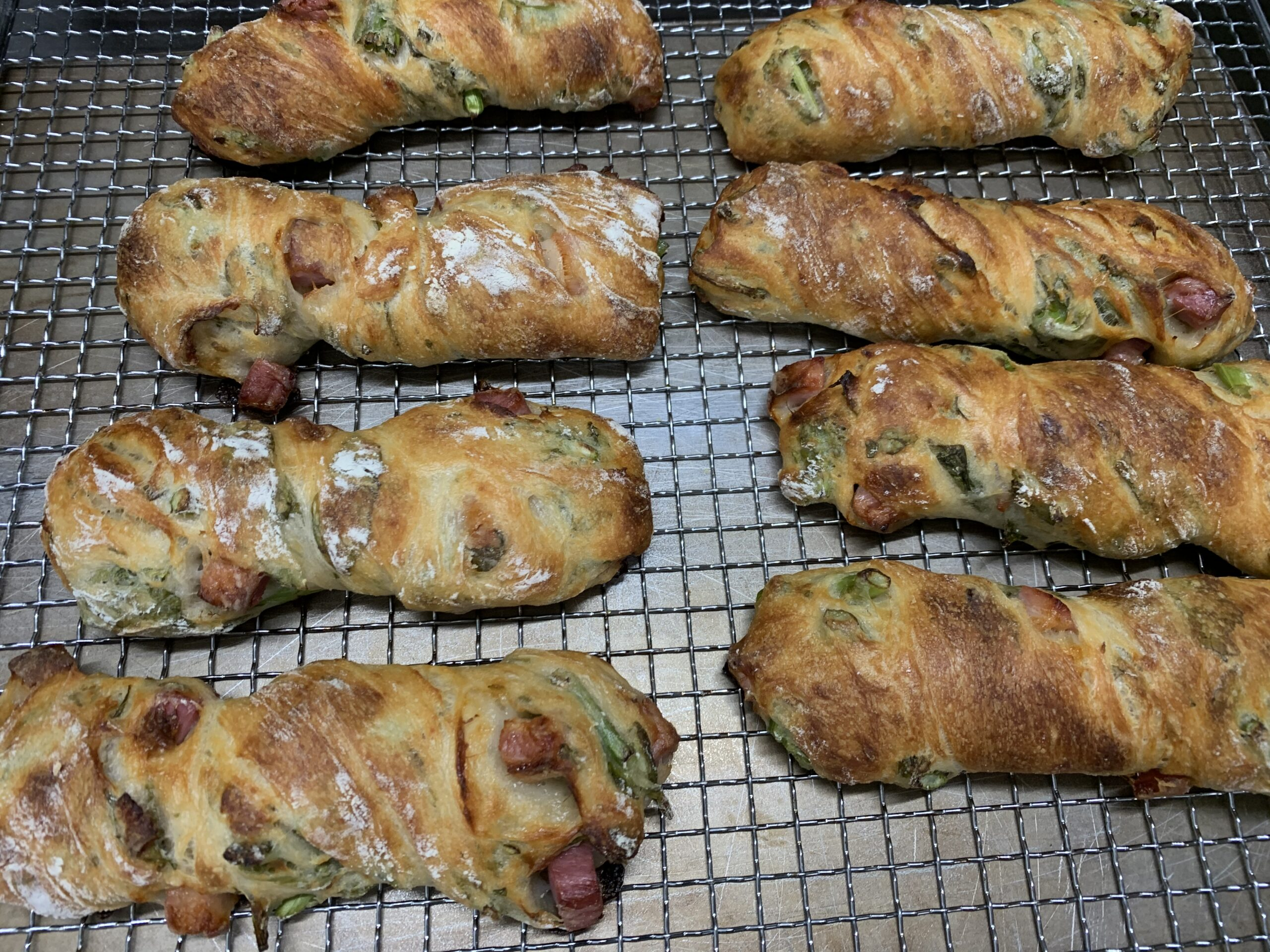 春を感じるパン ②  菜の花ベーコン ブーランジュリー セット 松本和弘